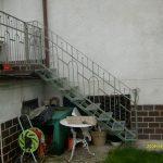 schody na taras z metalu