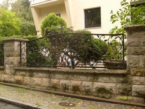 przęsło - ogrodzenie metalowe