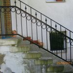 prosta balustrada schodów