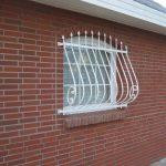 ozdobna krata na okno
